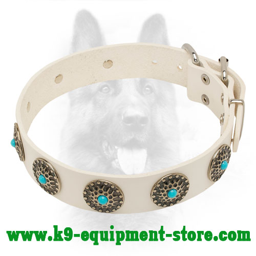 Stylish White Leather Canine Collar with Round Circles and Blue Stones