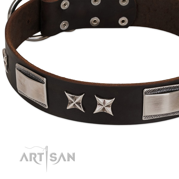 Best quality natural leather dog collar with corrosion resistant buckle