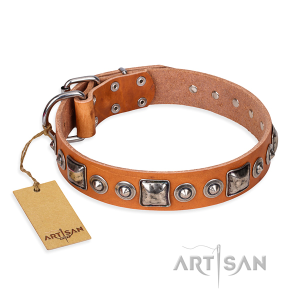 Genuine leather dog collar made of flexible material with reliable fittings