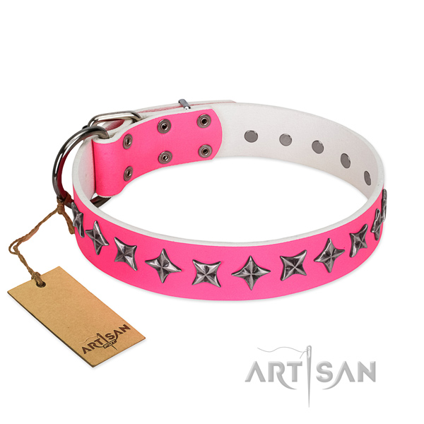 Best quality genuine leather dog collar with fashionable studs