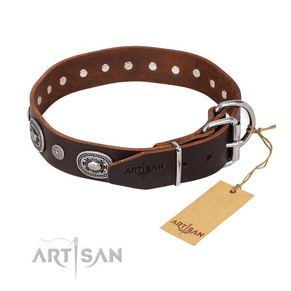 Top rate leather dog collar handcrafted for comfortable wearing