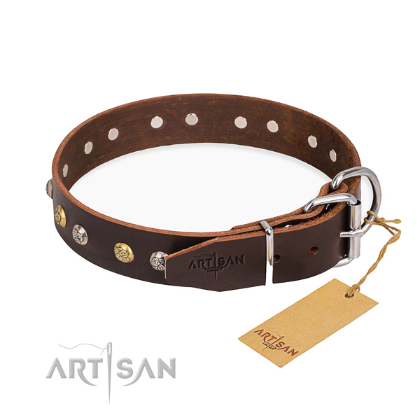 Reliable genuine leather dog collar crafted for stylish walking