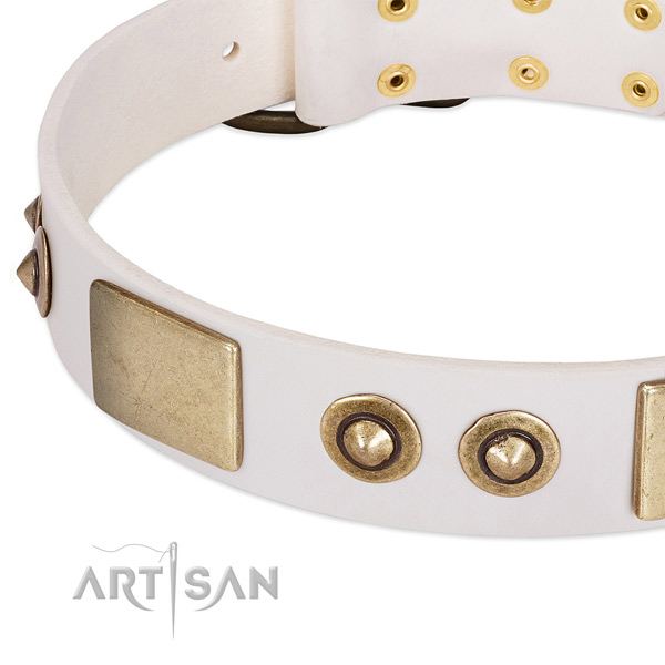 Rust-proof fittings on natural genuine leather dog collar for your dog