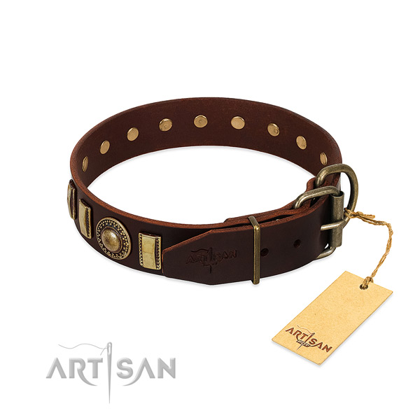 Trendy full grain leather dog collar with rust-proof buckle